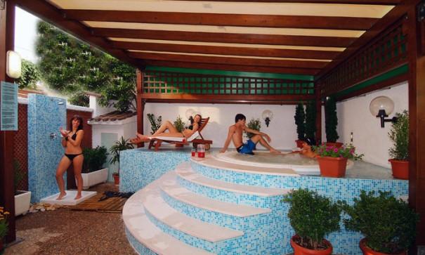 Senigallia hotel cristina servizi gratuiti compresi nel prezzo senigallia hotel cristina - Hotel con piscina senigallia ...